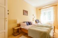 Ferienwohnung-Irene-Schlafzimmer-900x600-2545