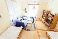 Ferienwohnung-Irene-Wohnzimmer-von-oben-900x600-2564