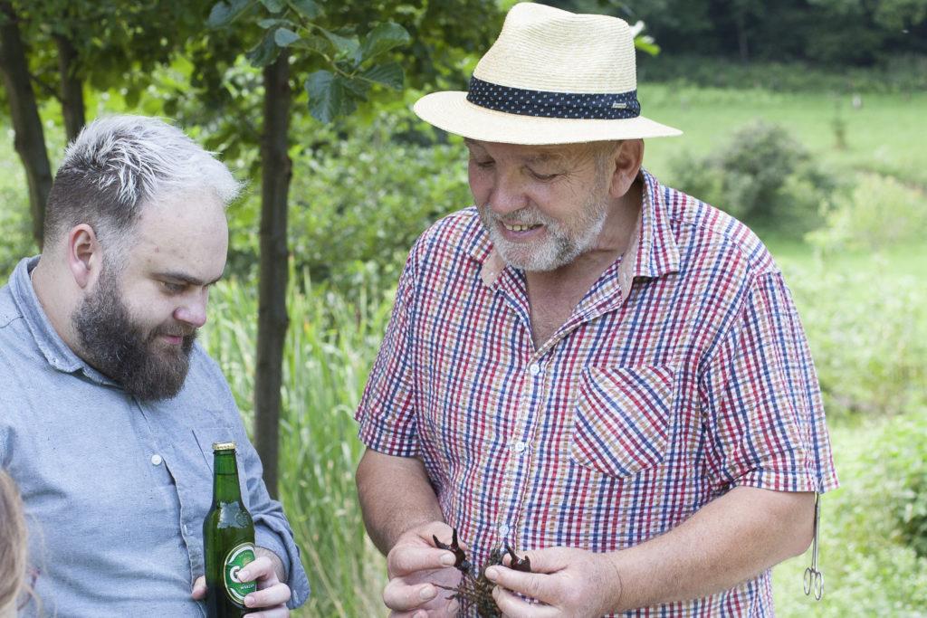 Gareth zu Besuch beim Tag der Teichanlage mit Alois Wascher - Foto: Thomas Burchhart